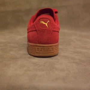 5ba0d28a635 Puma Shoes - Puma suede Barbados Cherry Metallic Gold